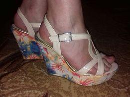 Босоніжки - Жіноче взуття в Рівненська область - OLX.ua cfb53ec970d97