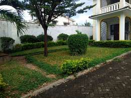 Spacious 4 bedroom Maison to let Nyali