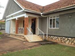 Standlone furnished house for rent Ntinda 1200$