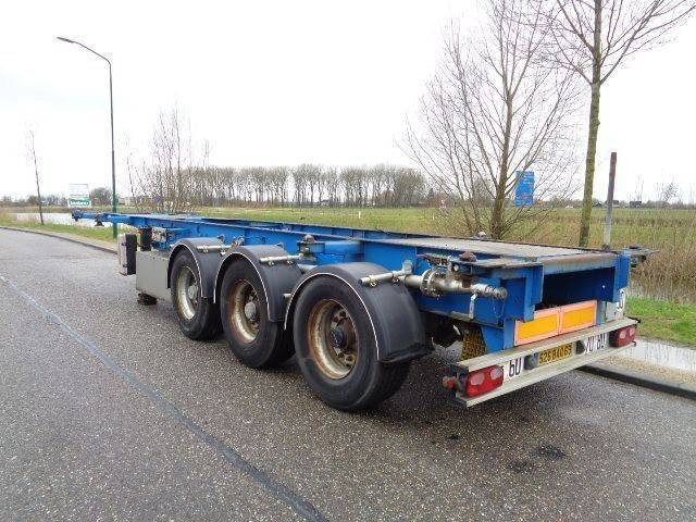 Trailor 3-Axle Tank Chassis / 20-30 FT / SMB Axles - 2008