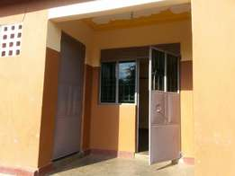 Doubles with an inside bathroom at UGX.200k located in Lutete.