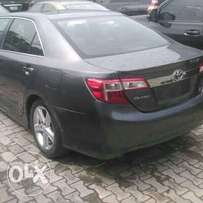 HOT SALE:- 2013/2014 Toyota Camry SE Sedan **Very NEAT NIGERIA USE