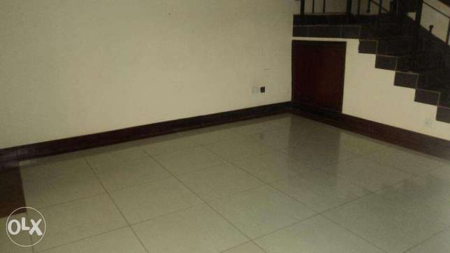 Four Bedroom Town House with a savant Quarters to let In Ngong Ngong Township - image 3
