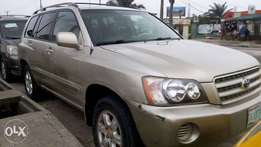 2004 toyota highlander for a luck fellow
