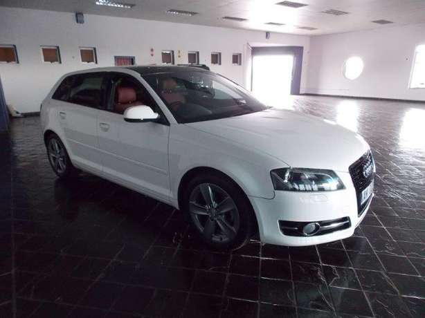 2012 Audi A3 Sportback 1,8 TFSI AMB Stronic for R 199,990.00 Rosettenville - image 3