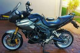2010 TRIUMPH TIGER 1050 ABS (Special Edition)