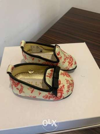 Dolly branded baby shoes