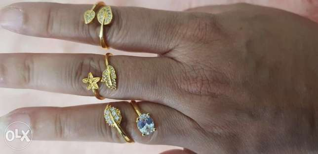 Exclusive adjustable finger or toe ring