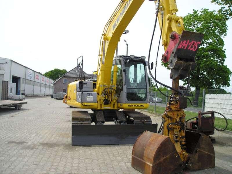 New Holland E135b - 2014 - image 2