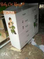 White chest drawers