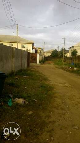 Now Letting : Newly built Executive 2bedroom & mini flat at Lasu Rd Lagos - image 4