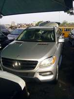 Almost new foreign used 2014 Mercedes Benz Ml350. Tincan cleared