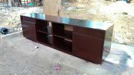 New Tvstand. Free delivery