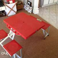 Kids folding table and chair