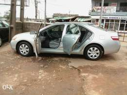 Toyota Camry LE Silver for 2.850m