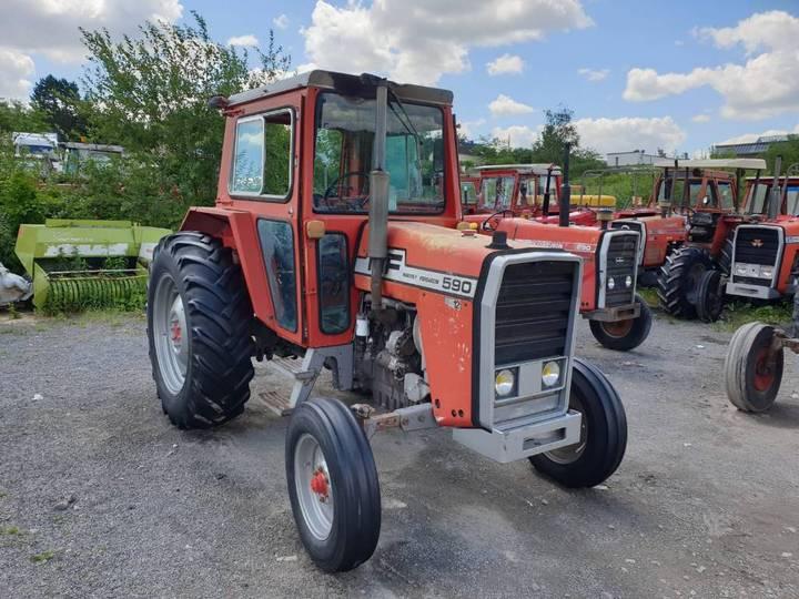 Massey Ferguson 590