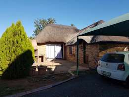 2 Bedroom townhouse to rent in Bainsvlei