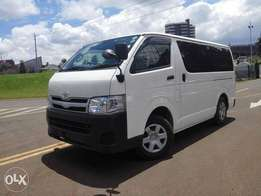 Toyota hiace 2010 model