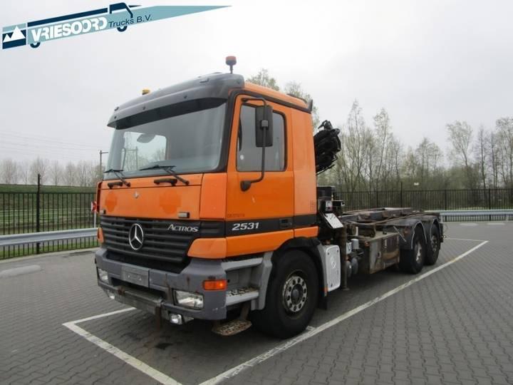 Mercedes-Benz Actros 2531 - 2001