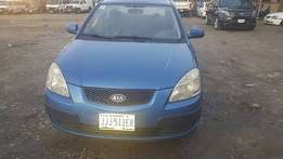 Neatly Used Kia Rio (2009)