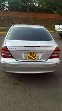 Benz C240 UAV/S on quick sale very clean Kampala - image 1