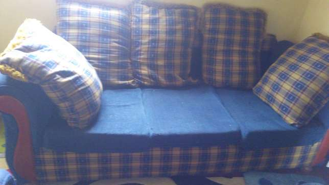 Sofa sets Kikuyu T-Ship - image 3