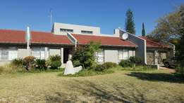 4Bedroom Family house with excellent security Langenhovenpark for Rent