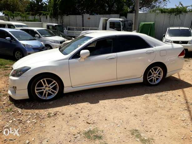 Brand new Crown Athlete with body kit Mombasa Island - image 2