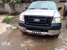 Clean Toks Ford 2004 for Sale