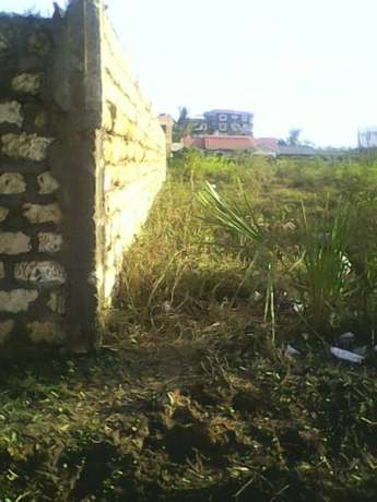 plot for sale measuring 1/8 acres in kiembeni estate-Bamburi. Kiembeni - image 1
