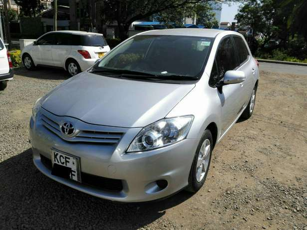 Silver Toyota Auris For Sale. Great Deal!!! Hurlingham - image 3