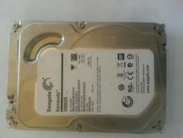 2 terabyte internal desktop hard drive in working order