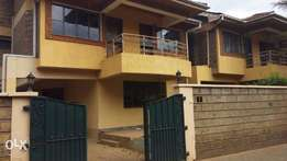 5 Bed-Roomed Town House For SALE