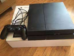 Sony PlayStation 4 PS4 Console,, 500GB with game For R3000