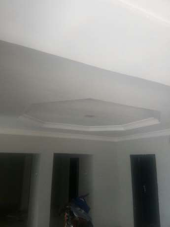 Tastefully built 3 bedrooms apartment for letting in Oluyole estate Ibadan South West - image 4