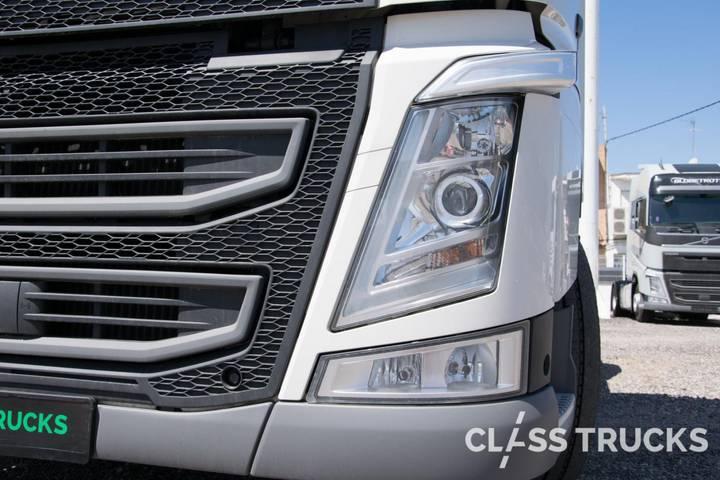 Volvo FH13 500 4x2 XL Euro 6 RETARDER - 2017 - image 6