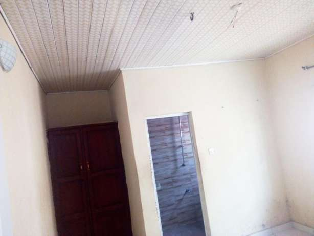 Lovely renovated Mini flat all tile floor fenced gate water at Baruwa Alimosho - image 5