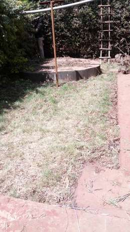 A well located 3 bedroom bungalow ideal for an office space Garden - image 8