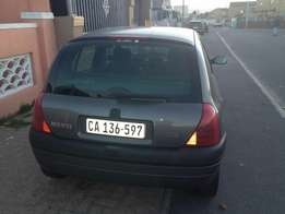 Selling my Renault Clio in good condition for R40,000 negotiable