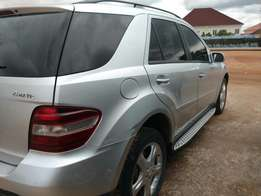 Clean brand new Mercedes ML350 for sale