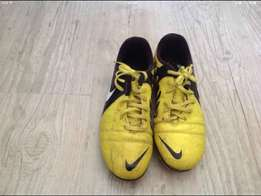 Nike CTR-360 boots