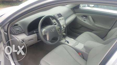 Toyota Camry 2010. Very Clean Leather Interior. 4 cylinders Ibadan South West - image 2