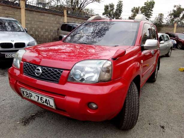 2004 Nissan Xtrail, Hyper Roof, Automatic, 2000cc, Clean Woodly - image 4