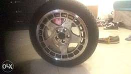 Selling rims nd tyres