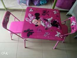 kids table plus 2 seats from US