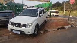 2010 nissan navara 2.5 double cab for sale