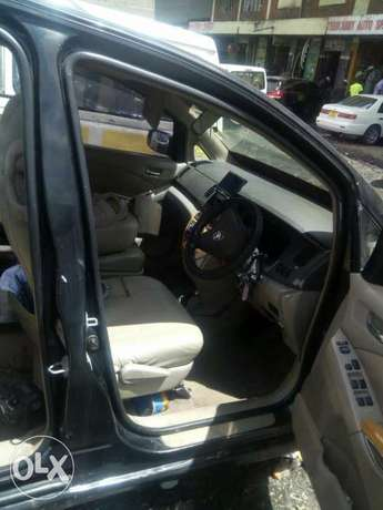 clean Toyota Isis quickly agent of money Nairobi CBD - image 1