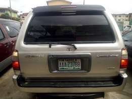 Super clean Nigerian used Toyota 4runner 2000 model for sale