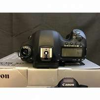Canon EOS 5D mark iii with all accessories