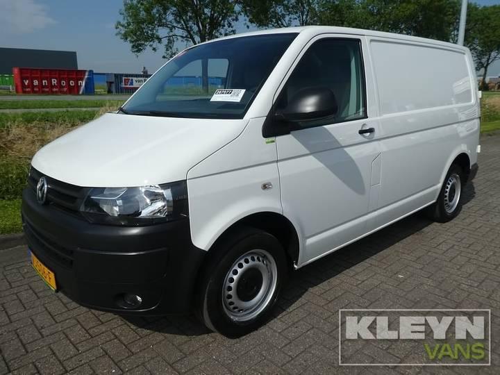 Volkswagen TRANSPORTER 2.0 TDI wit, airco, 77 dkm. - 2014